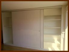 armoire murale étagère à portes coulissantes